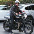 Gerard Butler est allé déjeuner avec une mystérieuse inconnue au Mauro's Cafe à Hollywood. Il s'en va sur sa Triumph, le 20 septembre 2017.
