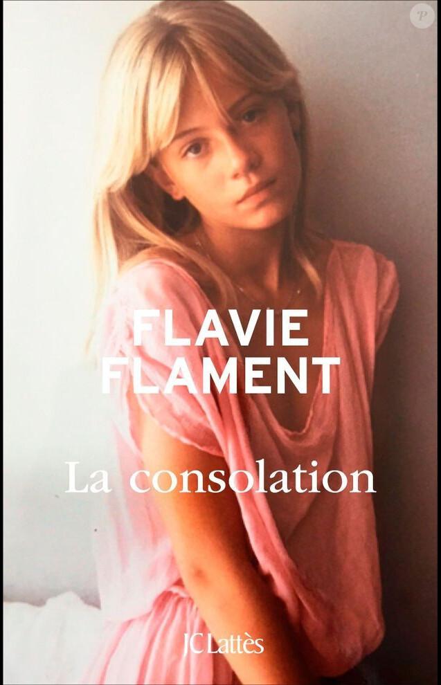 """Flavie Flament, photographiée par David Hamilton, en couverture son livre """"La Consolation"""" (JC Lattès) - ocotbre 2016"""