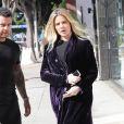Khloe Kardashian enceinte se balade dans les rues de Los Angeles, le 8 novembre 2017