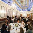""""""" Le prince Albert II de Monaco accueillait mardi 7 novembre 2017 au palais le prince Andrew, duc d'York, pour un dîner de charité destiné à récolter des fonds pour l'association britannique Outward Bound, qui propose aux adolescents et aux jeunes adultes des activités de plein air afin de favoriser le développement personnel et le dépassement de soi. La branche monégasque d'Outward Bound est parrainée par le Prince Albert II et le Prince Andrew. © Eric Mathon et Gaetan Luci / Palais princier de Monaco """""""