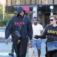 Khloé Kardashian, enceinte, et son compagnon Tristan Thompson à Cleveland, le 1er octobre 2017.