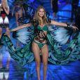 Gigi Hadid - Défilé de mode Victoria's Secret 2015 à New York, le 10 novembre 2015.
