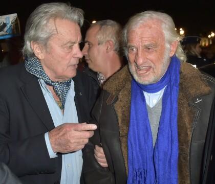 "Alain Delon: 1re apparition depuis la mort de sa ""Mimi"", avec Jean-Paul Belmondo"