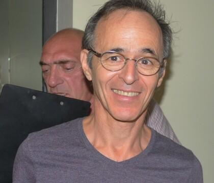 Jean-Jacques Goldman : Coup de gueule après un reportage, Thomas Sotto réplique
