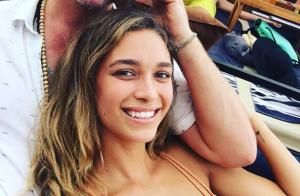 Robin Thicke : Sa chérie enceinte pose à moitié nue et fête ses 23 ans