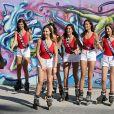 """""""Exclusif - Julia Sidi-Atman (Miss Cote-d'Azur 2017), Ophélie Forgit (Miss Poitou-Charentes 2017), Lison Di Martino (Miss Ile-de-France 2017), Dalida Benaoudia (Miss Rhône-Alpes 2017) et Anaïs Berthomier (Miss Limousin 2017) - Les 30 prétendantes au titre de Miss France 2018 font du roller et du vélo dans le quartier de Venice à Los Angeles, Californie, Etats-Unis, le 28 novembre 2017."""""""