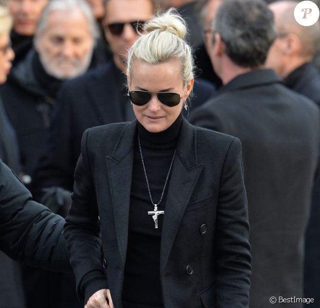 Laeticia Hallyday - Sortie de l'église de la Madeleine après les obsèques de Johnny Hallyday à Paris le 9 décembre 2017. © Veeren / Bestimage