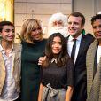 Le président Emmanuel Macron et sa femme Brigitte lors de l'arbre de Noël de l'Elysée à Paris le 13 décembre 2017. © Eliot Blondet / Pool / Bestimage