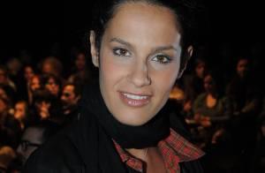 La ravissante Elisa Tovati, Zoé Félix, et Pascal Elbé... morts de rire au défilé Girbaud ! Regardez la vidéo
