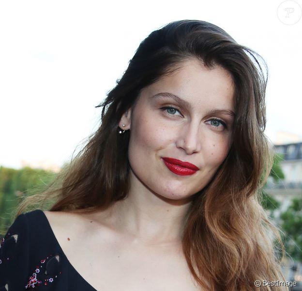 Laetitia Casta - Arrivées à l'avant-première du film 'Sous les jupes des filles' à l'UGC Normandie sur les Champs Elysées à Paris le 2 juin 2014.
