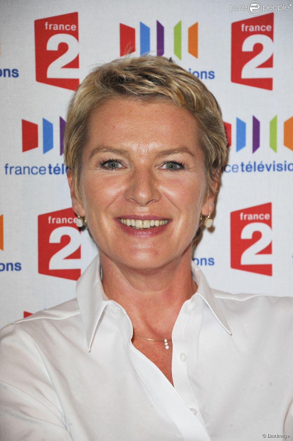 Elise Lucet, conférence de presse pour la rentrée de France 2 en 2011 à Paris.