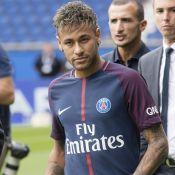 Neymar à nouveau avec la bombe Bruna Marquezine : LE baiser qui confirme !