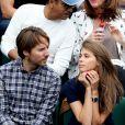 Ophélie Meunier et son compagnon Mathieu Vergne dans les tribunes des Internationaux de Tennis de Roland Garros à Paris le 7 juin 2017 © Cyril Moreau-Dominique Jacovides/Bestimage