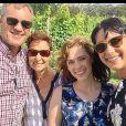 """""""La famille Falkholt avec les parents, Annabelle et Jessica."""""""