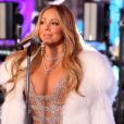 Mariah Carey chante à Times Square pour le Nouvel An à New York, le 31 décembre 2017.
