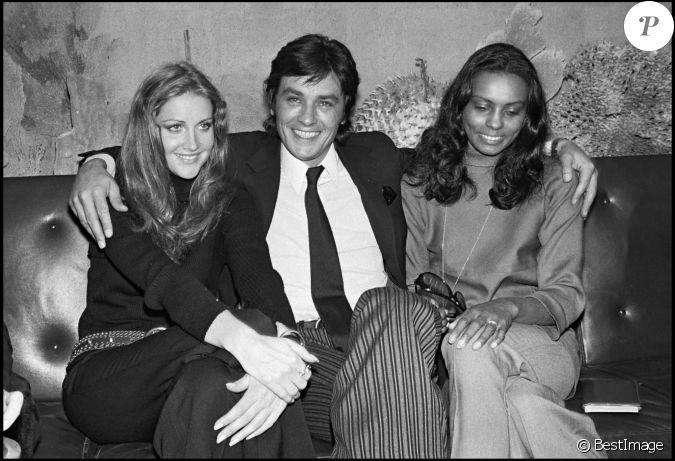 Alain Delon à Paris (photo d'archives)...