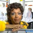 """Karine Le Marchand déguisée en abeille lors de ses débuts à la télévision, """"Touche pas à mon poste"""" (C8) lundi 15 janvier 2018."""
