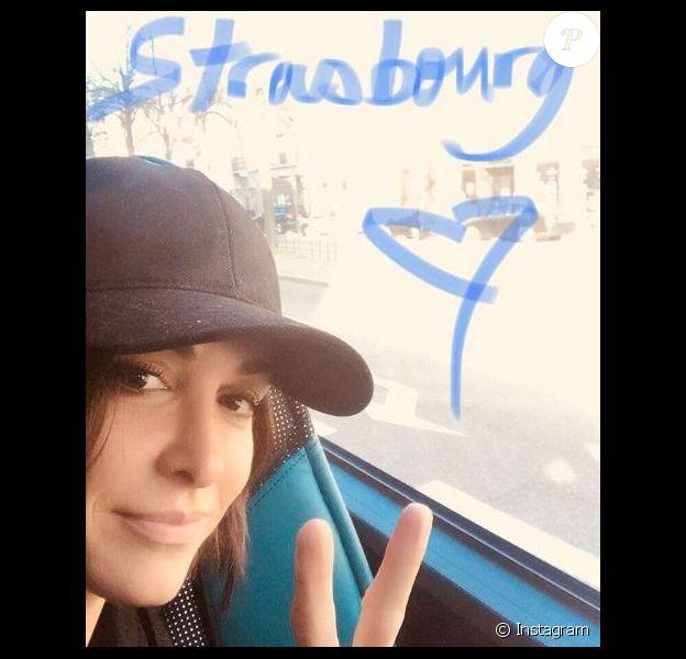 Jenifer annonce être arrivée à Strasbourg pour les répétitions du nouveau spectacle des Enfoirés. Instagram, le 15 janvier 2018.