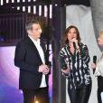 Garou, Zazie, Sophie Davant et Nagui rendent hommage à Johnny Hallyday lors du 31e Téléthon, au Pavillon Baltard le 8 décembre 2017.