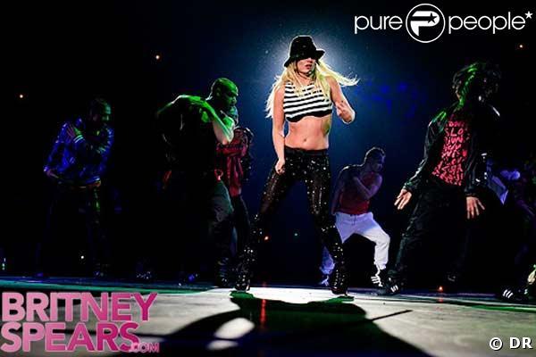 Britney Spears nue pour de vrai ! - Pingoo