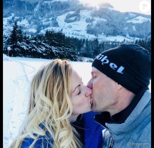 Sébastien Ogier et sa femme Andrea Kaiser aux sports d'hiver à Kitzbühel, photo Instagram 18 janvier 2017.
