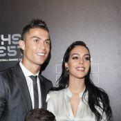 Cristiano Ronaldo à la piscine avec Georgina Rodriguez et les jumeaux