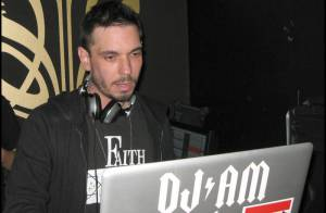 DJ AM demande 20 millions de dollars de dédommagements suite à son accident d'avion !