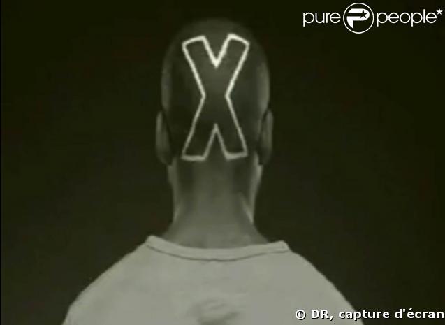 """Nouveau clip d'Emmanuel Moire, """"Adulte Sexy"""""""