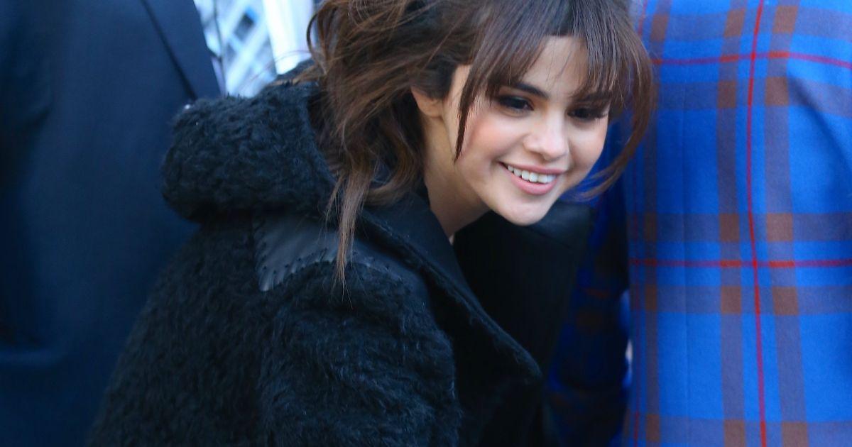 Selena Gomez : Radieuse à la Fashion Week, sans Justin Bieber