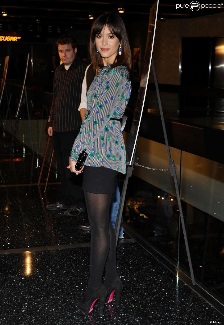 Jessica Alba en collants