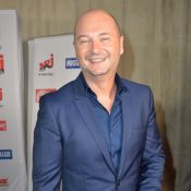 "Cauet papa ""fier"" : Rare photo de son fils Valmont, son portrait craché !"