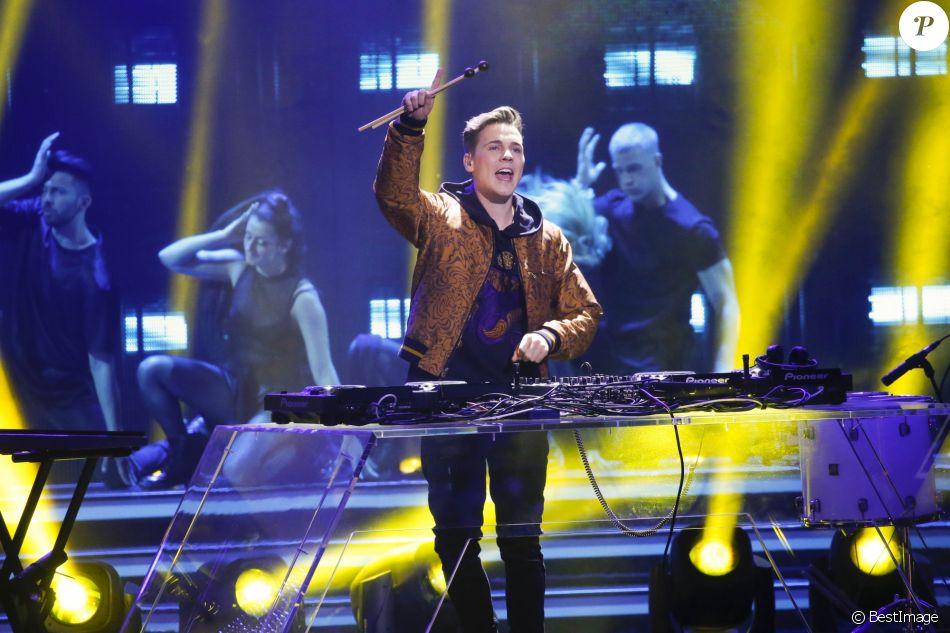 """Felix Jaehn - Remise des prix lors de la soirée du """"Bambi Awards 2016"""" à Berlin le 17 novembre 2016"""