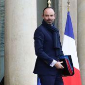 Edouard Philippe fait un lapsus coquin devant des gaillards hilares...
