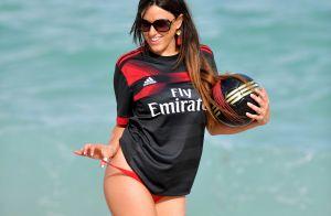 Claudia Romani (Secret Story) : Folle de foot, la bombe soutient son équipe