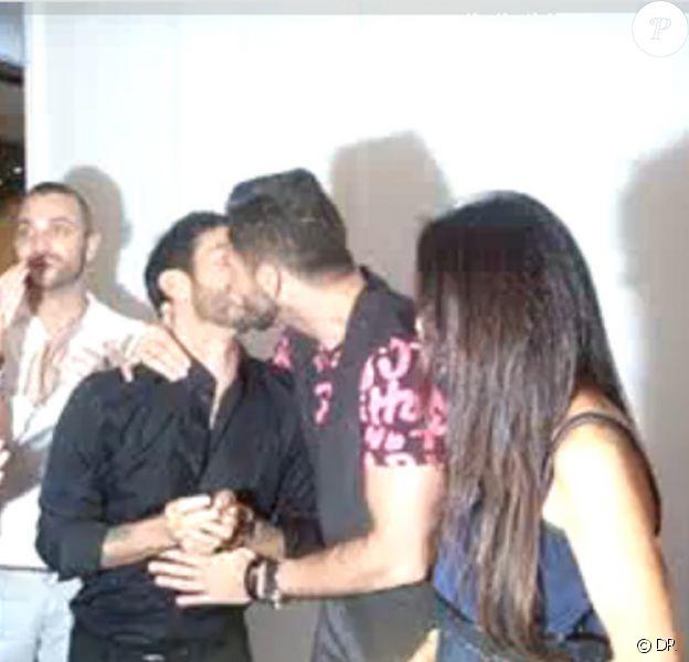 Marc Jacobs et son fiancé... très heureux pour leurs fiançailles
