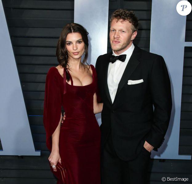 Emily Ratajkowski et son mari Sebastian Bear-McClard à la soirée Vanity Fair Oscar au Wallis Annenberg Center à Beverly Hills, le 4 mars 2018
