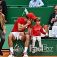 "Novak Djokovic et son fils Stefan lors d'un tournoi caritatif au bénéfice de la fondation Prince Albert II en marge du tournoi de tennis Rolex Masters à Monte-Carlo le 14 avril 2018. L'événement sera retransmis sur l'émission ""James Corden Tv Show"" sur Sky UK. © Bruno Bebert / Bestimage"