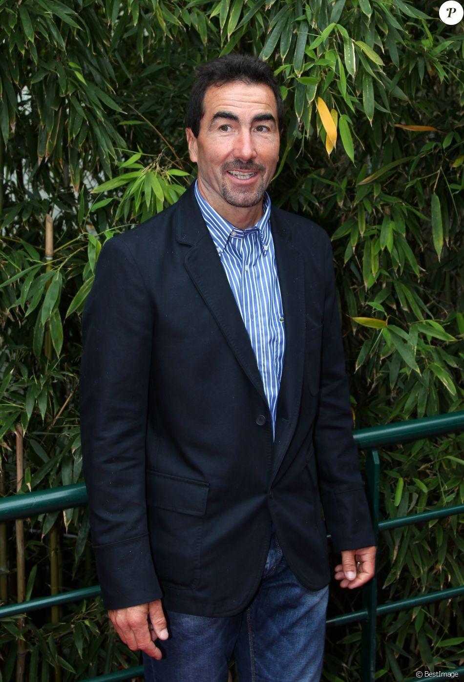 Luc Alphand à Roland Garros le 7 juin 2012.