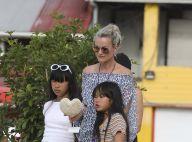 Laeticia Hallyday réduit son train de vie : Pas de jet privé pour Saint-Barth'