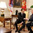 Le président américain Donald Trump et le président de la République française Emmanuel Macron dans le bureau ovale de la Maison Blanche à Washington, le 24 avril 2018. © Diominique Jacovides/Bestimage