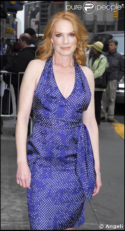 Marg Helgenberger à New York pour le tournage du talk-show de David Letterman le 1er avril 2009