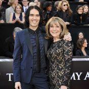 Russell Brand : Sa mère blessée dans un accident de voiture