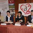 Spès Nihangaza, Caroline et Stéphanie de Monaco, ainsi que Franck Biancheri  à la signature d'un accord d'engagement entre l'Amade Burundi, l'Amade Mondiale et Fight Aids Monaco. 03/04/09