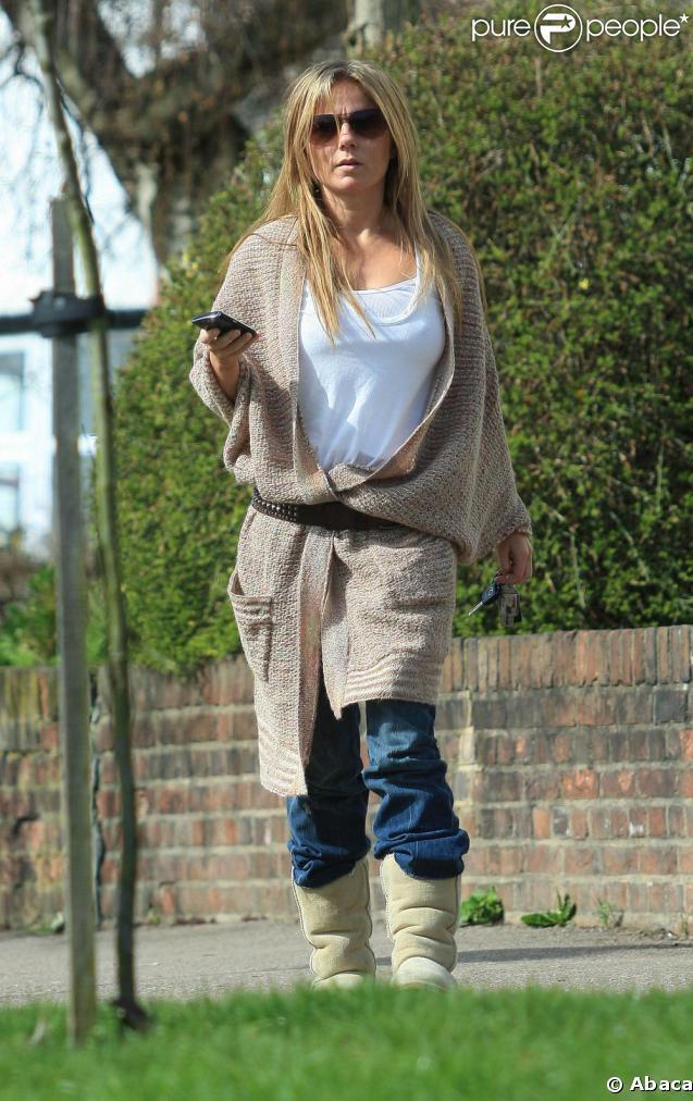 Geri Halliwell se rend chez des amis à Londres. Mars 2009