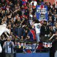 Le PSG et ses supporters célèbrent son titre de Champion de France 2018, après son match contre Rennes (0-2) au Parc des Princes à Paris, le 12 mai 2018. © Marc Ausset-Lacroix/Bestimage