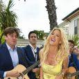"""Victoria Silvstedt - Les célébrités lors de la présentation de la collection Dynasty 2019 du créateur Philipp Plein dans sa villa """"La Jungle du Roi"""" pendant le 71ème Festival International du Film de Cannes, France, le 16 mai 2018."""