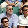 Jalil Lespert, sa compagne Sonia Rolland, Pierre Niney et sa compagne Natasha Andrews dans les tribunes des Internationaux de France de Tennis de Roland Garros à Paris, le 10 juin 2018. © Dominique Jacovides - Cyril Moreau/Bestimage