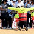 Le prince Albert II de Monaco, le prince Jacques, la princesse Gabriella lors du Water Bike Challenge, au profit de la Fondation princesse Charlene de Monaco au départ du Yacht Club de Monaco le 17 juin 2018. © Bruno Bebert / Bestimage