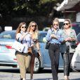 Elodie Piège, Christina, Laeticia Hallyday, Yaël Abrot - Laeticia Hallyday et ses amies vont déjeuner au Country Market de Brentwood le 8 mai 2018.