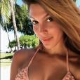 Iris Mittenaere sans maquillage en Polynésie française, le 25 avril 2018.